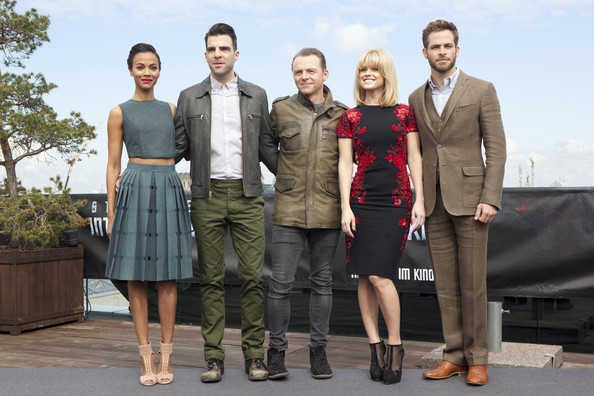 Simon Pegg with the Cast of Star Trek Into Darkness